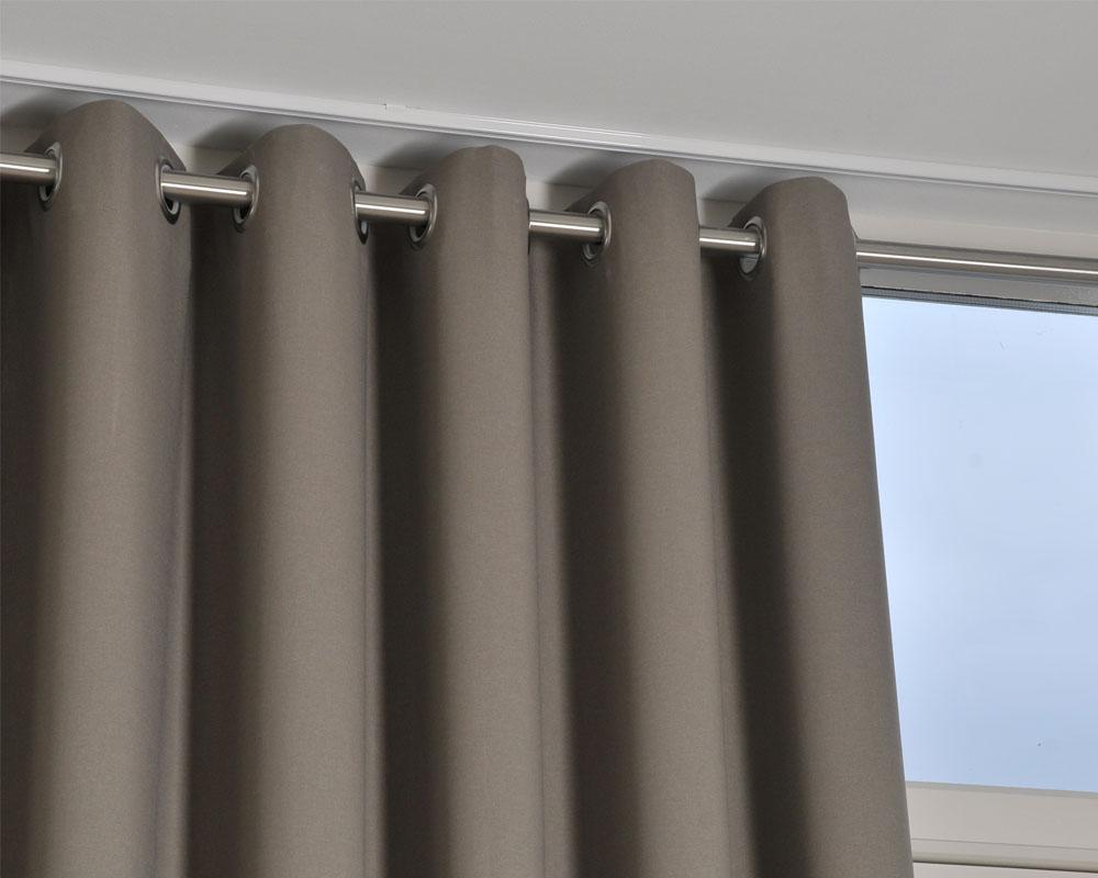 Ophangsystemen en confectievormen - Smit Interieur